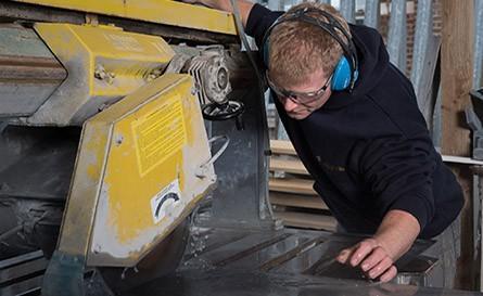 Darren Somerville Stone Cutting
