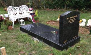 Lawn memorial back